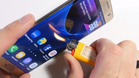 Samsung Galaxy S7 esplode ed il proprietario resta ustionato