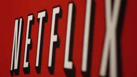 Netflix propone contenuti offline per schede micro SD