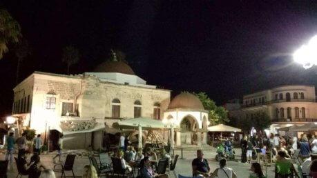 Terremoto in Grecia stanotte: 2 morti e centinaia di feriti